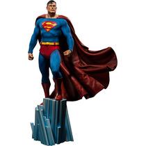 Super Homem Sideshow Collectibles (versão Regular)