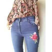 Jeans Elastizado Con Flor Bordada T42 Al 46