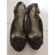 Zapatos Taco Chino Prune C Aplique Flor De Cuero