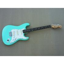 F E N D E R - Fender Stratocaster Japan Japon + Noiseless **