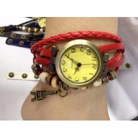 Relógio Pulseira De Couro + Bracelete + Pingente Feminino