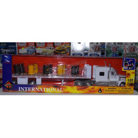 1:32 International Lonestar C Plataforma + Tambos New Ray