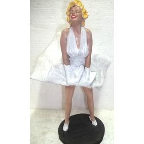 Marilyn Monroe O Pecado Mora Ao Lado Lindo Boneco Artesanal