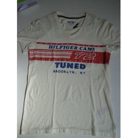 c085352c9d628 Camiseta Tommy Hilfiger Denim - Calçados