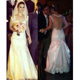 Lindo Vestido De Noiva Em Renda Com Decote Nas Costas!!