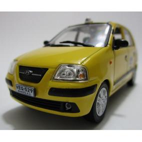 Taxi Hyundai Atos Escala 1/43 Coleccion 8cm Largo Metalico