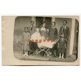 Antigua Foto Postal Retrato Familiar Bebé En Cochecito Niños
