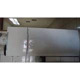 Geladeira Semi- Nova R$ 750,00