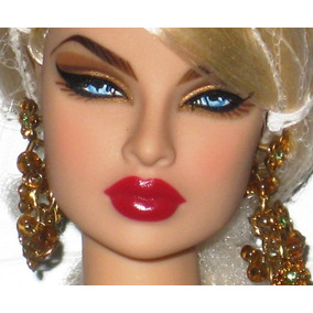 Fashion Royalty - Eugenia Most Desired Premium Dressed Doll