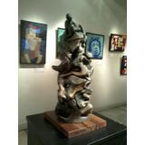 Escultura Torre De Imagenes
