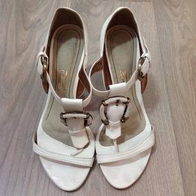 Sandália Em Couro Branco Santa Lola - Tamanho 38