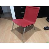 silla de piel roja minimalista nueva