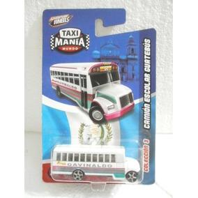Taxi Mania Camion Escolar Guatebus Blanco/rosa