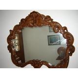 Grande Espelho Com Moldura Entalhada Ao Estilo Barroco