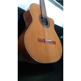 Guitarra Con Corte Aros Macizos De Caoba Tapa De Pino Abeto