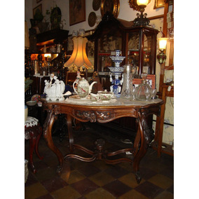 mesa muy antigua de la poca colonial