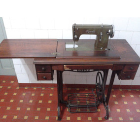 Máquina De Costura Antiga - Vigorelli