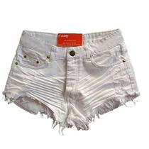 Short Jeans Feminino Barra Desfiada Branco Revanche