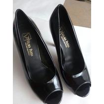 Zapatos Pez Acharolados Negros Vilma Parra