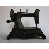 Sacapuntas Antiguo Metalico Miniatura Maquina Coser