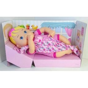 Boneca Baby Nenenzinha Alive Divertoys Recém Nascida