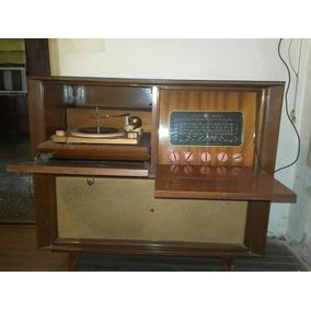 tocadiscos winco con mueble tocadiscos antiguos en