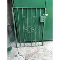 Puerta Hierro Maciso Muy Buen Estado.