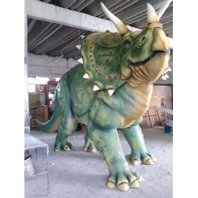 Dinosaurio: Triceratops De Fibra De Vidrio
