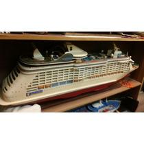 Maquete - Miniatura - Navio De Passageiros