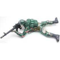 Brinquedo Boneco Soldado Guerra Arrasta Led Som + 3 Pilhas