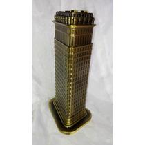 Figura Réplica Edificio Fuller Nueva York Escala Metal