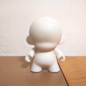 Kidrobot Munny Art Toy