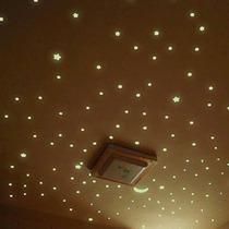 150 Estrellas Fluorescentes 3.8cm + Luna De 8cm