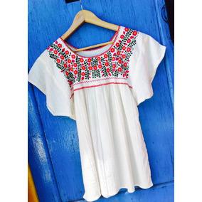 Blusa Mexicana Bordada Con Flores