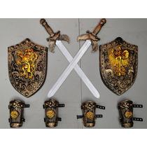 Fantasia Luxo Gladiador 02 Escudos 02 Espadas 04 Braceletes