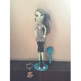 Monster High Frankie Stein Passeio No Shopping