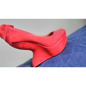 Sapato Modelo Salto Fantasma