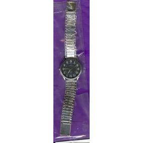 Reloj Q&q Con Extensible De Plata