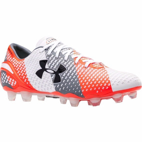 689359b603 Chuteira Under Armour Cravos De - Chuteiras de Campo para Adultos no ...