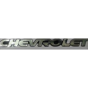 Adesivo Resinado Chevrolet Tracker Prata Chevrolet + Brinde