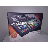 Maschine Studio Negro Incluye Komplete Select 11