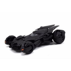 Carrinho Metal Batman Batmobile Model Kit Jada Diecast 1:24