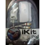 Cargador De Auto, Cable De Audio Rca Y Funda Para Ipod