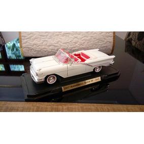 Oldsmobile Super 88 Ano 1957 Miniatura 1/18