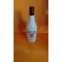 Garrafa Vazia Malibu Coconut Rum