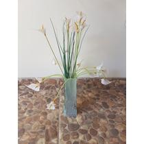 Florero De Vidrio Con Flores Artificiales