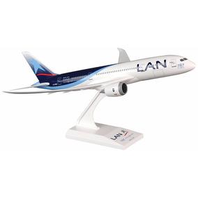 Skymarks Boeing 787-8 Lan Dreamliner 1:200 Cc-bba C/suporte