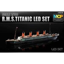 Miniatura Titanic Academy Iluminado C/ Leds Kit P/ Montar