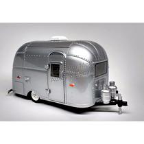 1:24 Airstream 16´ Bambi Plata Greenlight Camper Remolque