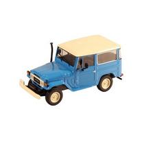 Toyota Bandeirante 1967 Azul E Branca 1:43 Ixo